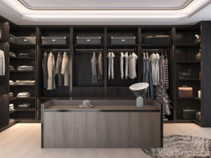 Тёмная гардеробная комната